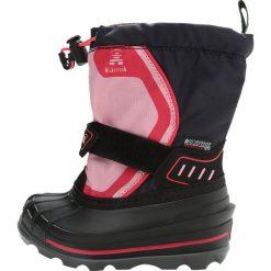 Kamik SNOWCOAST4 Śniegowce navy. Czerwone buty zimowe damskie marki Kamik, z materiału. W wyprzedaży za 254,25 zł.