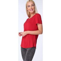 T-shirt luźny fason czerwony MR16618. Czerwone t-shirty damskie Fasardi, l. Za 39,00 zł.