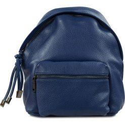 """Plecaki damskie: Skórzany plecak """"Brenda"""" w kolorze granatowym – 24 x 29 x 6 cm"""