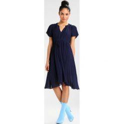 Sukienki hiszpanki: See u Soon ROBE  Sukienka letnia navy