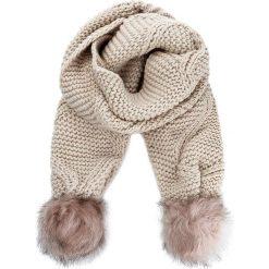 Szal GUESS - Not Coordinated Wool AW6800 WOL03 NUD. Brązowe szaliki damskie Guess, z aplikacjami, z materiału. W wyprzedaży za 159,00 zł.