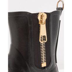 Ilse Jacobsen Kalosze black. Brązowe buty zimowe damskie marki Alma en Pena, z materiału, na obcasie. W wyprzedaży za 417,45 zł.