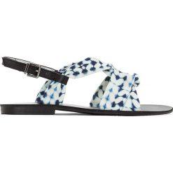 Rzymianki damskie: Wiązane, wzorzyste sandały