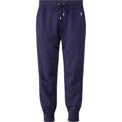 Polo Ralph Lauren Spodnie treningowe newport navy. Niebieskie bryczesy damskie Polo Ralph Lauren, xl, z bawełny. Za 459,00 zł.