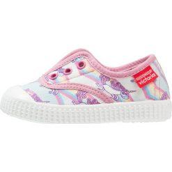 Creepersy damskie: Victoria Shoes INGLÉS UNICORNIO KUKUXUMUS Półbuty wsuwane rosa
