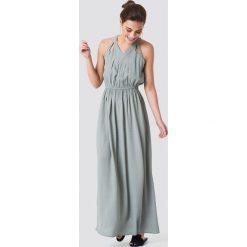 Rut&Circle Długa sukienka Hip - Green. Zielone długie sukienki marki Rut&Circle, z dzianiny, z okrągłym kołnierzem. Za 242,95 zł.