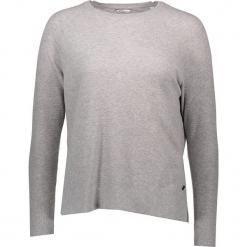 Sweter w kolorze jasnoszarym. Niebieskie swetry klasyczne damskie marki Mustang, z aplikacjami, z bawełny. W wyprzedaży za 86,95 zł.