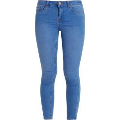 New Look Petite AUTHURIUM BRIGHT SUPERSOFT Jeans Skinny Fit blue. Niebieskie rurki damskie New Look Petite, petite. Za 129,00 zł.
