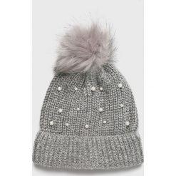 Vero Moda - Czapka. Szare czapki zimowe damskie Vero Moda, z dzianiny. W wyprzedaży za 49,90 zł.