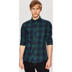 Koszula w kratę - Zielony. Zielone koszule męskie marki Reserved, l, z weluru. Za 69,99 zł.