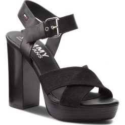 Rzymianki damskie: Sandały TOMMY JEANS – Denim Sandal High Heel EN0EN00105 Black 990