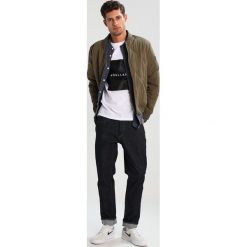 Denham RAZOR Jeansy Slim Fit rinsed denim. Niebieskie jeansy męskie relaxed fit marki Criminal Damage. Za 509,00 zł.