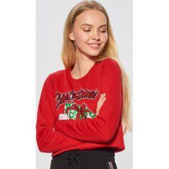 Świąteczna bluza - Czerwony. Czerwone bluzy damskie marki Cropp, l. Za 49,99 zł.