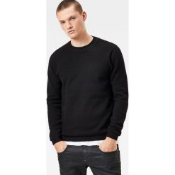 G-Star Raw - Sweter. Czarne swetry klasyczne męskie marki G-Star RAW, l, z bawełny, z okrągłym kołnierzem. W wyprzedaży za 239,90 zł.