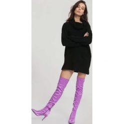Czarny Sweter Incubus. Czarne swetry klasyczne damskie other, na jesień, l, z golfem. Za 89,99 zł.