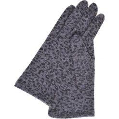 RĘKAWICZKI DZIANINOWE Z PANTERKĘ. Szare rękawiczki damskie Top Secret, na jesień, z motywem zwierzęcym, z dzianiny. Za 49,99 zł.
