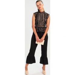Bluzki asymetryczne: Topshop Petite EYELET Bluzka black