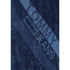 Szaliki męskie: Tommy Jeans LOGO FINE SCARF Szal denim