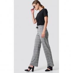 Moves Spodnie Niabi - Grey. Szare spodnie z wysokim stanem Moves. Za 202,95 zł.