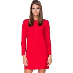 Sukienki balowe: Czerwona Sukienka Elegancka z Plisą na Przodzie