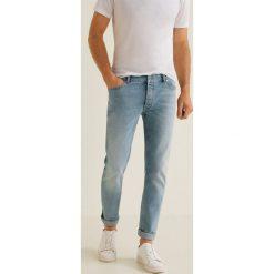 Mango Man - Jeansy Tim3. Niebieskie jeansy męskie regular Mango Man. Za 199,90 zł.