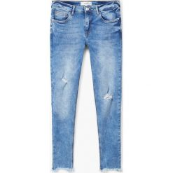 Mango - Jeansy push-up Kim. Niebieskie jeansy damskie rurki marki Mango, z bawełny. Za 119,90 zł.