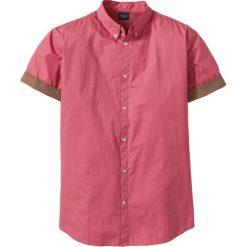 Koszula z krótkim rękawem Regular Fit bonprix jeżynowy. Fioletowe koszule męskie na spinki bonprix, l, z kontrastowym kołnierzykiem, z krótkim rękawem. Za 49,99 zł.