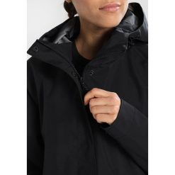 8848 Altitude LOSAN JACKET Kurtka hardshell black. Czarne kurtki damskie turystyczne 8848 Altitude, z hardshellu. W wyprzedaży za 743,20 zł.