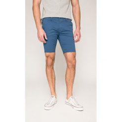 Guess Jeans - Szorty. Szare spodenki jeansowe męskie marki Guess Jeans, l, z aplikacjami. W wyprzedaży za 199,90 zł.