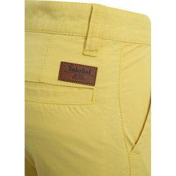 Timberland BERMUDA TAILORED Szorty anis. Żółte spodenki chłopięce Timberland, z bawełny. Za 249,00 zł.