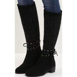 Czarne Kozaki Senior Shawl. Czarne buty zimowe damskie marki Kazar, ze skóry, na wysokim obcasie. Za 79,99 zł.