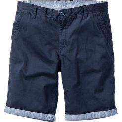 Bermudy chino z wywiniętymi nogawkami Regular Fit bonprix ciemnoniebieski. Zielone bermudy męskie marki bonprix, w kropki, z kopertowym dekoltem, kopertowe. Za 89,99 zł.