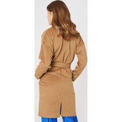 Płaszcze damskie pastelowe: Moves Płaszcz Ally – Brown