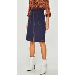 Answear - Spódnica. Szare spódniczki ołówkowe ANSWEAR, m, z elastanu, z podwyższonym stanem, midi. W wyprzedaży za 99,90 zł.