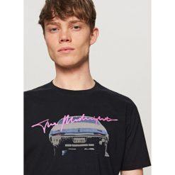T-shirty męskie: T-shirt z nadrukiem the midnight – Szary