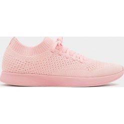 Buty męskie: Różowe buty sportowe z elastycznego materiału