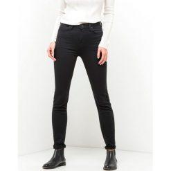 Dżinsy skinny. Czarne jeansy damskie Lee. Za 457,80 zł.