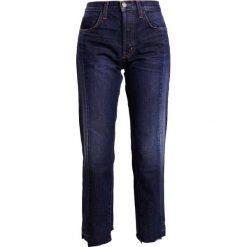 Current/Elliott Jeansy Straight Leg cassadiy. Niebieskie boyfriendy damskie Current/Elliott. W wyprzedaży za 901,45 zł.