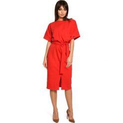Czerwona Sukienka Midi z Rozcięciem na Przodzie. Czerwone sukienki balowe Molly.pl, na imprezę, l, z bawełny, midi, ołówkowe. Za 149,90 zł.