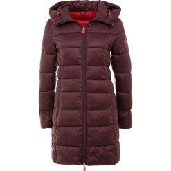 Save the duck GIGA Płaszcz zimowy burgundy black. Czerwone płaszcze damskie zimowe marki Cropp, l. Za 909,00 zł.