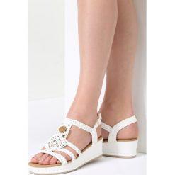 Białe Sandały See-Through. Białe sandały damskie marki vices. Za 99,99 zł.