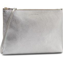 Torebka COCCINELLE - CV3 Mini Bag E5 CV3 55 F4 07 Silver Y69. Szare listonoszki damskie Coccinelle, ze skóry. W wyprzedaży za 379,00 zł.