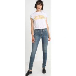 Calvin Klein Jeans CKJ 011 MID RISE SKINNY  Jeans Skinny Fit london mid blue. Niebieskie jeansy damskie relaxed fit Calvin Klein Jeans, z bawełny. Za 599,00 zł.