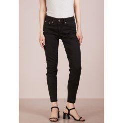 DRYKORN NEED Jeans Skinny Fit black. Czarne rurki damskie DRYKORN, z bawełny. Za 589,00 zł.
