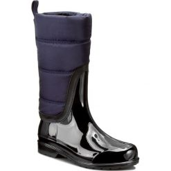 Kalosze MICHAEL MICHAEL KORS - Cabot Quilted Rainboot 40F6CAFB5Q Admiral/Blk. Czarne buty zimowe damskie marki MICHAEL Michael Kors, z gumy, przed kolano, na wysokim obcasie. W wyprzedaży za 499,00 zł.