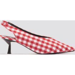 NA-KD Shoes Czółenka w kratę na niskim obcasie - Red,Multicolor. Czerwone buty ślubne damskie NA-KD Shoes, z satyny, na niskim obcasie. W wyprzedaży za 48,59 zł.