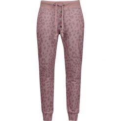 Stitch and Soul Leo Jogginghose Spodnie dresowe damskie jasnoróżowy (Light Pink). Czerwone spodnie dresowe damskie Stitch and Soul, m, z nadrukiem, z dresówki. Za 99,90 zł.