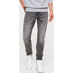Jeansy SLIM - Szary. Szare jeansy męskie slim Cropp. Za 139,99 zł.