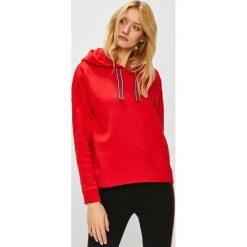 Jacqueline de Yong - Bluza. Czerwone bluzy rozpinane damskie Jacqueline de Yong, l, z bawełny, z kapturem. W wyprzedaży za 99,90 zł.
