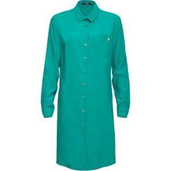Koszula. Zielone koszule damskie Simple, klasyczne, z asymetrycznym kołnierzem. Za 239,90 zł.